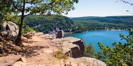 The Camera Company Photo Hike and Potluck at Devil's Lake State Park