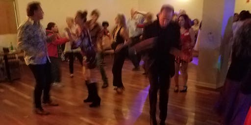 Nineties Dance Party (dance to your favorite pop hits from the 1990s)