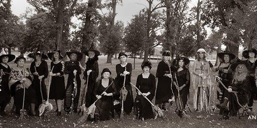 2019 Witches Night Out in Starved Rock Country