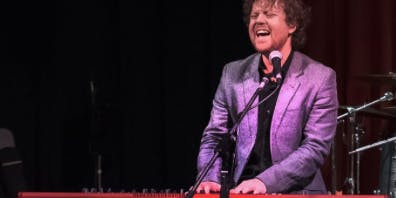 Ray Charles'  hits performed by Kris Schubert and his band+ Smith & Jones