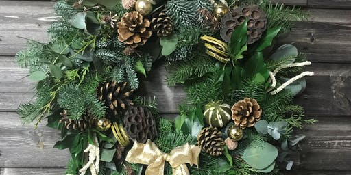 Make a Festive Wreath