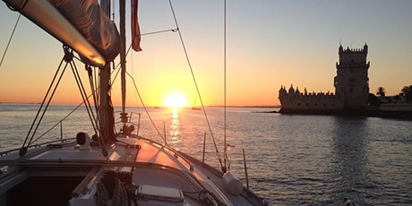 Lisbon Sunset Sailing - A relaxing and unforgettable experience bilhetes