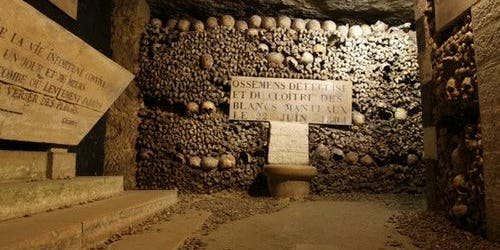 Catacombs of Paris: Guided Tour