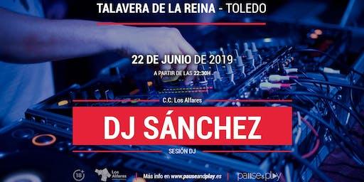 Sesión DJ Dj Sánchez en Pause&play C.C. Los Alfares