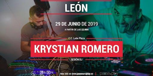 Sesión DJ Krystian Romero en Pause&Play C.C. León Plaza