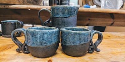 Adult pottery workshop - Mugs.