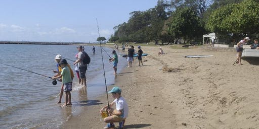 Kids School Holiday Fishing Lesson at Shorncliffe