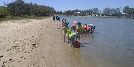 Kids School Holiday Fishing Lesson at Chambers Island