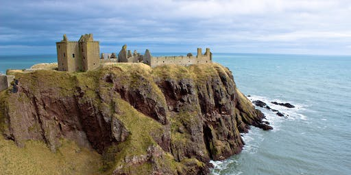 Dunnottar Castle Ruin and Dundee City (£29.50)