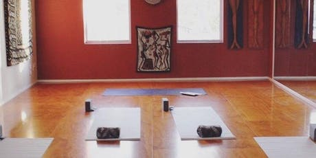 Yoga class for beginners & Sound healing 8pm tickets
