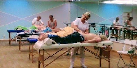 Massage-Ausbildung - Einstiegsworkshop zum/r Massage-Praktiker/in (Zertifikat) Tickets