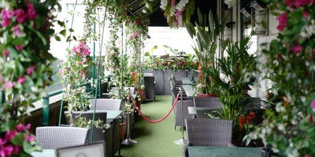 Networking event on the terrace of Boisdale, with welcome drink tickets