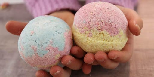 KIDS ONLY! Making Bath Bombs