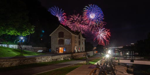 MUSÉE BYTOWN MUSEUM: Casino Lac-Leamy Sound of Light Fireworks Show