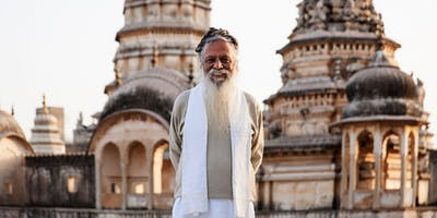 Morning yoga and meditation with Swamiji Kapri!(Pa