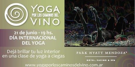 Yoga por los Caminos del Vino - CLASE DE YOGA A CIEGAS - TU LUZ INTERIOR BRILLA EN LA OSCURIDAD entradas