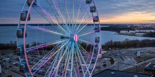 Skywheel of Tallinn: Mumm VIP Experience
