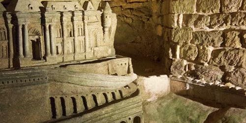 Catacombs of Paris: Semi-Private Guided Tour in English