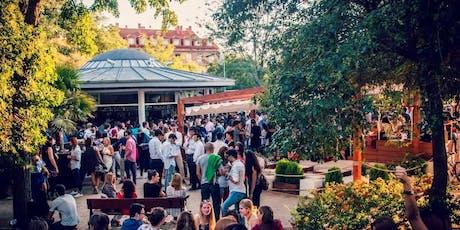Tardeo en la terraza Atenas con regalos y entrada gratuita entradas