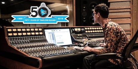 SEMINARIO API: Ascolta la Nuova Console 1608-II w/ Top-Producer D. Schlett biglietti