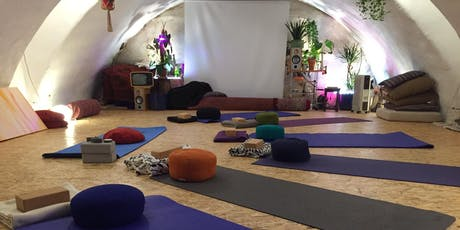 Free Yoga Class @Werf5 – Treat yourself & help a teacher trainee tickets