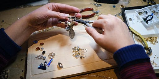 Immersive Jewellery Making Experience