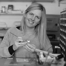 Jo Richards - Faye Benjamin Jewellery - Silver Clay Workshops logo