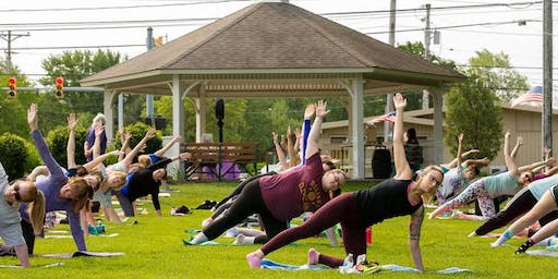 Community in the Commons ~ FREE Yoga in the Park