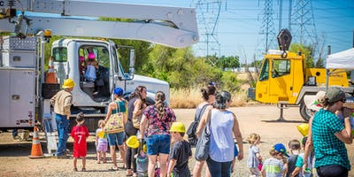 Big Trucks Summer – Electric Line Trucks