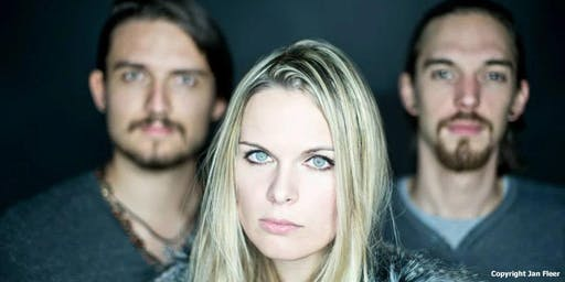 Yvi Wylde Band