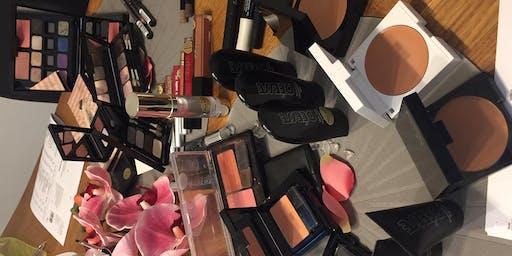 Make - up Café