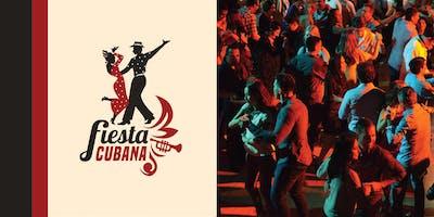 Baila en La Fiesta Cubana