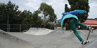Learn To Skate: Ages 12 - 25 yrs