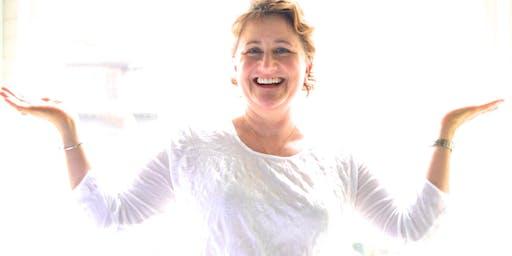 EYES ON YOGA - The Bates Method Vision Improvement & Kundalini Yoga - Keeps Eyes Young!