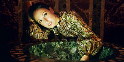 Sasha Siem - Holy