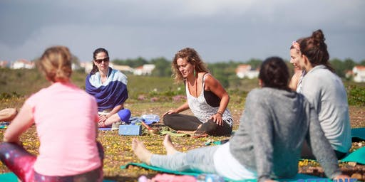 Offline Yoga & Movement Dance in Lisbon