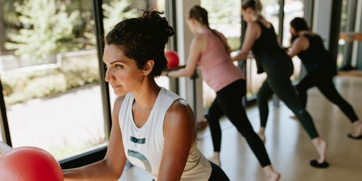 Community  Free Barre3 Class with our Trainee Lindsey