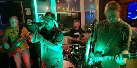 4 Go Mad Live at Poole Hill Brewery