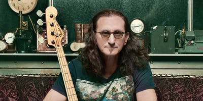 Geddy Lee signs his BIG BEAUTIFUL BOOK OF BASS at B&N-Downtown Chicago