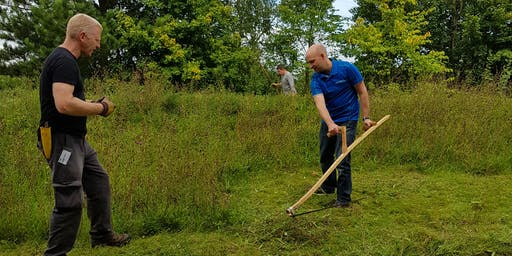 Scything Taster Session