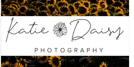 Summer Sunflower Mini Sessions at Reds Hay Farms
