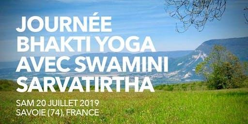 Bhakti Yoga avec Swamini  - Abishekam- Marche Méditative-  OM Chanting - Bhajans