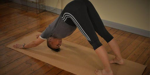 Free Outdoor Yoga with Maisie - Canal & River Trust