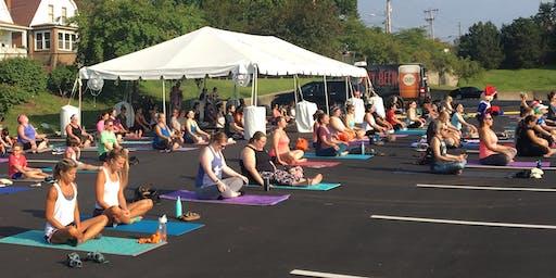 Free Morning Yoga at Schnucks Lake St. Louis
