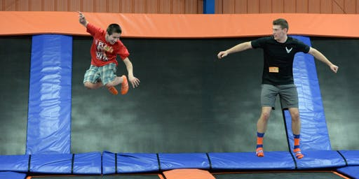 Wisconsin Dells, WI | Free Day at Knuckleheads Trampoline Park