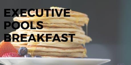 July Executive Pools Breakfast entradas