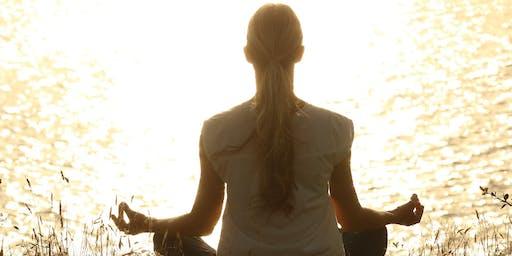 Club-med: leer mediteren met de Quantum Light Breath