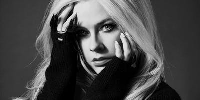 "Avril Lavigne ""Head Above Water"" Tour"