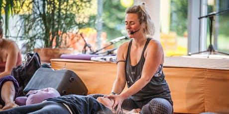 Thai Yoga Massage mit Lea Tickets