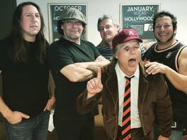 The Ultimate AC/DC Experience: Live Wire